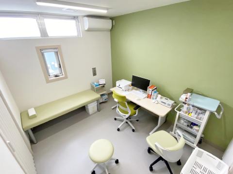 東京都日野市の日野厚生クリニック 診察室2